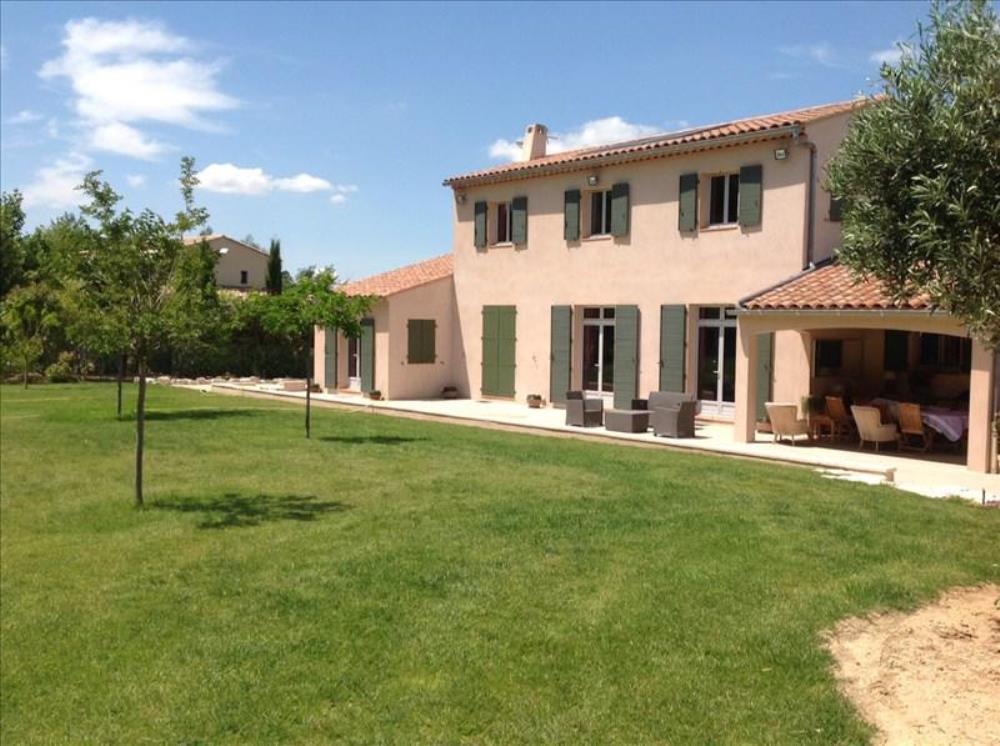 Vente de maisons sur aix en provence et puyricard for Appartement atypique aix en provence
