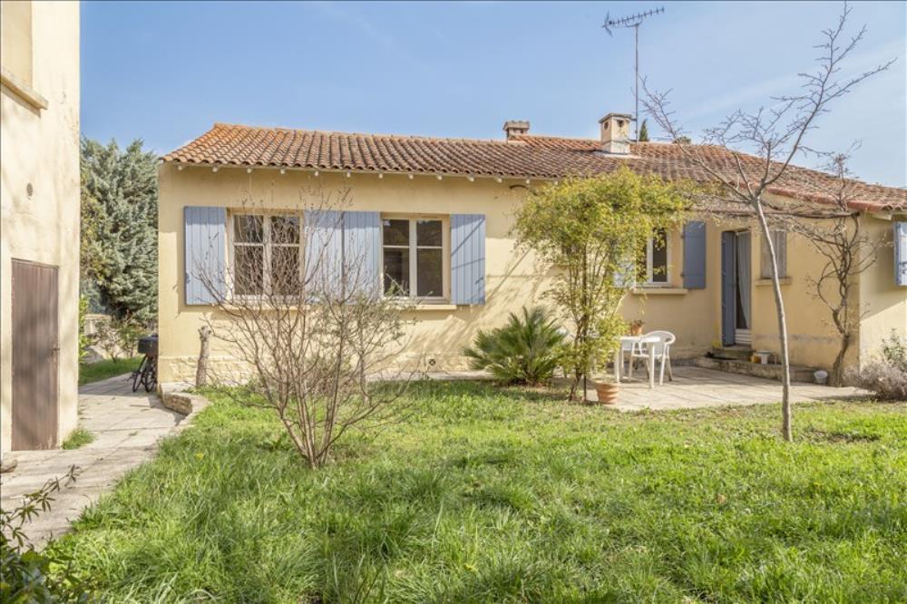Vente de maisons sur aix en provence et puyricard for Self garage aix en provence